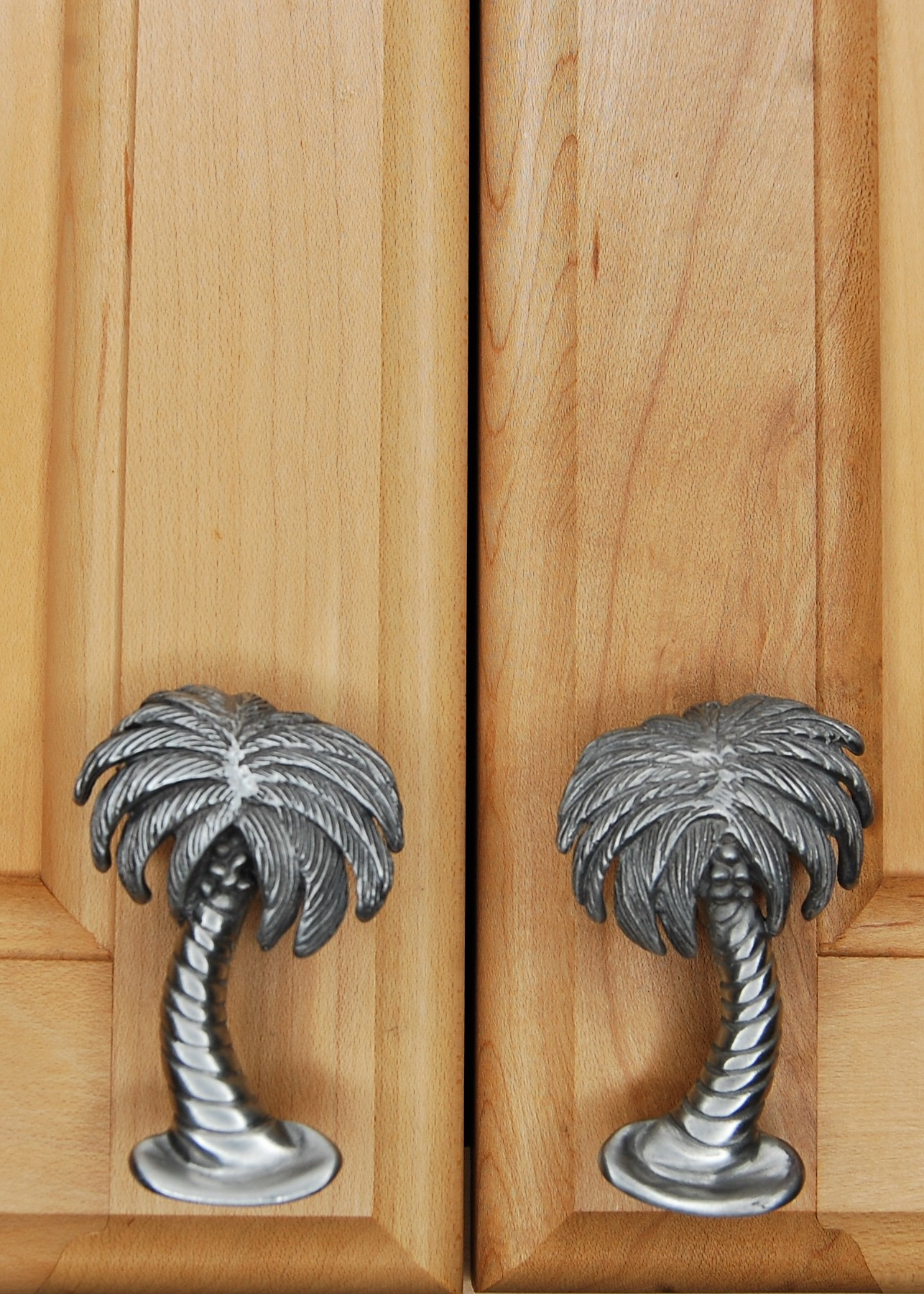 Palm tree cabinet knobs and pulls for your coastal and beach decor